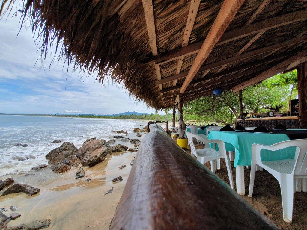 discover troncones saladita majahua mexico playa reservaciones hospedaje ixtapa guerrero travel near me booking hotel cheap hotel restaurant brisas mexicanas