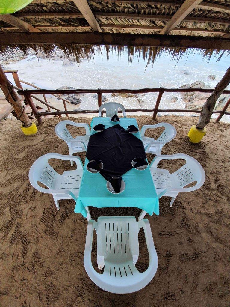 discover troncones saladita majahua mexico playa reservaciones hospedaje ixtapa guerrero travel near me booking hotel cheap hotel chairs table dishes