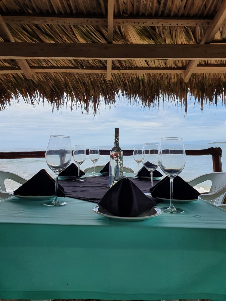 discover troncones saladita majahua mexico playa reservaciones hospedaje ixtapa guerrero travel near me booking hotel cheap hotel glass of wine