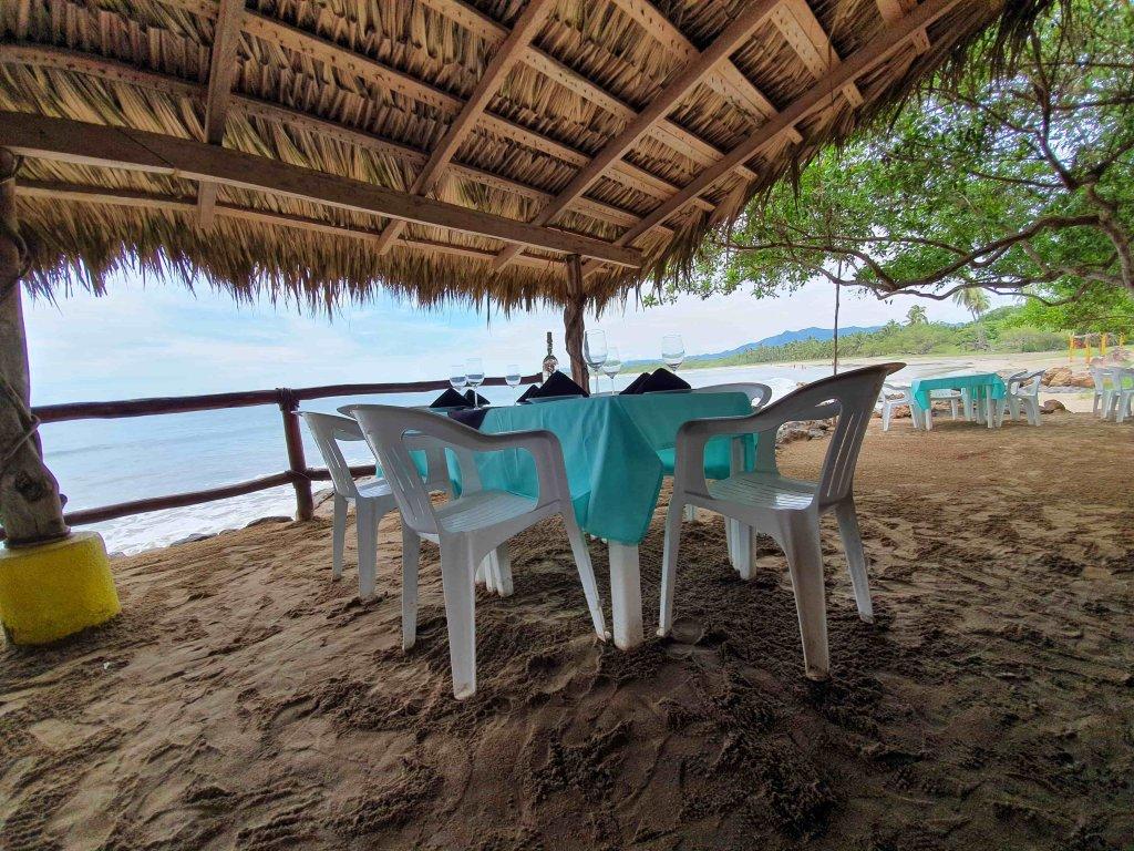 discover troncones saladita majahua mexico playa reservaciones hospedaje ixtapa guerrero travel near me booking hotel cheap hotel chairs table