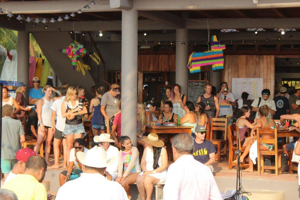 discover troncones saladita majahua mexico playa reservaciones hospedaje ixtapa guerrero travel near me booking hotel cheap hotel beach saladita people